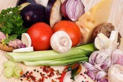 Beiträge zu einfachen Mahlzeiten stockfotos