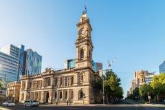 Beitrags-Shop Adelaides GPO mit Turmglocke Lizenzfreies Stockbild