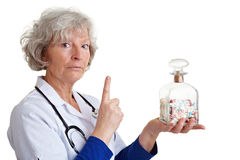 Bejaarde arts het schudden vinger Stock Fotografie