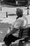 Bejaarde Dame Resting Royalty-vrije Stock Foto's