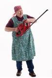 Bejaarde die een elektrische tuinzaag 2 houdt Stock Foto