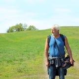 Bejaarde reisfotograaf Stock Afbeeldingen