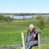 Bejaarde reisfotograaf Royalty-vrije Stock Fotografie