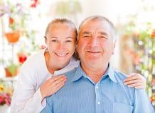 Bejaarde thuiszorg Stock Fotografie