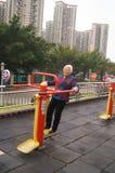 Bejaarde in training Royalty-vrije Stock Fotografie