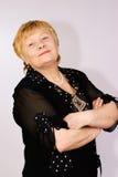 Bejaarde zelf-verzekerde vrouw Stock Afbeeldingen