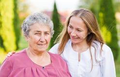 Bejaarde zorg Royalty-vrije Stock Afbeeldingen
