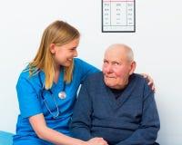 Bejaarden met Zwakzinnigheid stock fotografie
