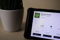 BEKASI VÄSTRA JAVA, INDONESIEN APRIL 5, 2019: Applikation för Microsoft stadsplanerarebärare på den Smartphone skärmen Stadsplane arkivfoto