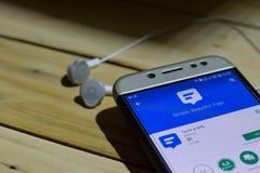 BEKASI VÄSTRA JAVA, INDONESIEN JULI 04, 2018: Textra SMS bärare-applikation på den Smartphone skärmen Textra SMS är en freewarere Royaltyfri Bild