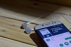 BEKASI VÄSTRA JAVA, INDONESIEN JUNI 28, 2018: Arbeta tillfälligt post vid Google bärare-applikation på den Smartphone skärmen Den Arkivbild