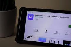 Maxthon Browser dev application on Smartphone screen. Fast & Safe Cloud Web Browser. BEKASI, WEST JAVA, INDONESIA. APRIL 5, 2019 : Maxthon Browser dev stock images