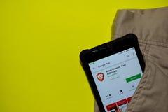 Brave Browser: Fast AdBlocker dev application on Smartphone screen. BEKASI, WEST JAVA, INDONESIA. DECEMBER 10, 2018 : Brave Browser: Fast AdBlocker dev royalty free stock photos