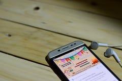 BEKASI, WEST-JAVA, INDONESIEN 26. JUNI 2018: Festa Junina Vector Schablonen für lateinamerikanischen Feiertag auf Smartphone-Schi Stockfotos