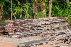 Bekistingen in bouwterrein Stock Foto's