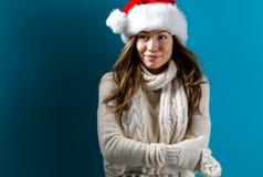 beklär lyckligt vinterkvinnabarn Royaltyfria Foton