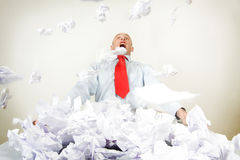 Beklemtoonde uit zakenman Stock Foto