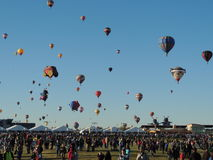 Beklimming van de Massa van de Fiesta van de Ballon van Albuquerque de Afscheids Royalty-vrije Stock Afbeeldingen