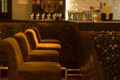 Bekväm placering i en nattklubb Royaltyfria Bilder