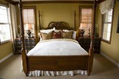 bekvämt sovrum arkivbilder