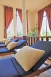 bekväm loungersbrunnsort Arkivfoton