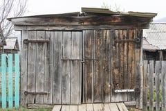 Bekymrade wood paneler för ladugårddörr Royaltyfria Bilder