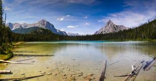 Bel été de montagne augmentant des vues Images stock