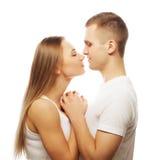 bel étreindre heureux de couples Photographie stock libre de droits