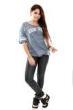 Bel adolescent posant avec une image positive Images stock