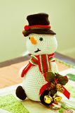 Bel amigurumi de bonhomme de neige Photo stock