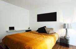 Bel appartement neuf photographie stock libre de droits