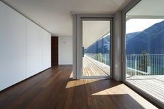 Bel appartement terrasse photo libre de droits