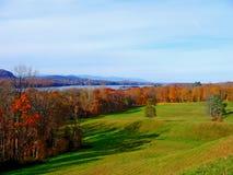Bel automne sur le fleuve de Hudson Images stock