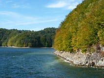 Bel automne sur le lac Solina Bieszczady Photo stock
