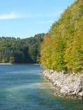 Bel automne sur le lac Solina Bieszczady Photo libre de droits