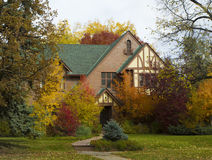 Bel Autumn House Photos libres de droits