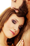 Bel embrassement de couples Photographie stock libre de droits