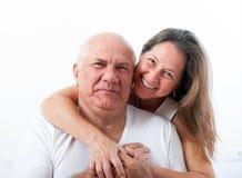 Bel embrassement plus âgé de couples Photographie stock