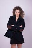 _ bel giovane commercio donna, braccio attraversare, Fotografia Stock