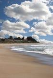 Bel horizontal d'océan avec le ciel lumineux photos libres de droits