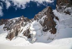 Bel horizontal de montagne Image stock