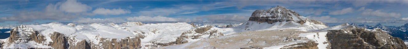 Bel horizontal de montagne de l'hiver Photo libre de droits