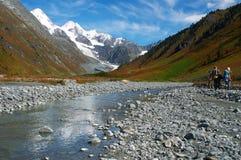 Bel horizontal de montagnes. Image stock