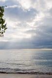 Bel horizontal sur la côte tanzanienne Image libre de droits