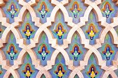 Belagd med tegel vägg i Marocko Royaltyfria Foton