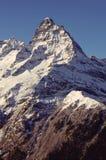 Belalakaya峰顶3861 m Dombai, Karachay-Cherkessia,俄罗斯 免版税库存照片