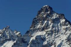 Belalakaya峰顶3861 m Dombai, Karachay-Cherkessia,俄罗斯 库存图片
