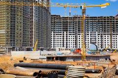 Belangrijke bouw van woon complex. Royalty-vrije Stock Foto's