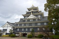 Belangrijkst houd van het kasteel van Okayama, Japan stock foto