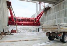 Belarus. Der Aufbau der Wasserkraftanlagen. Stockfotografie